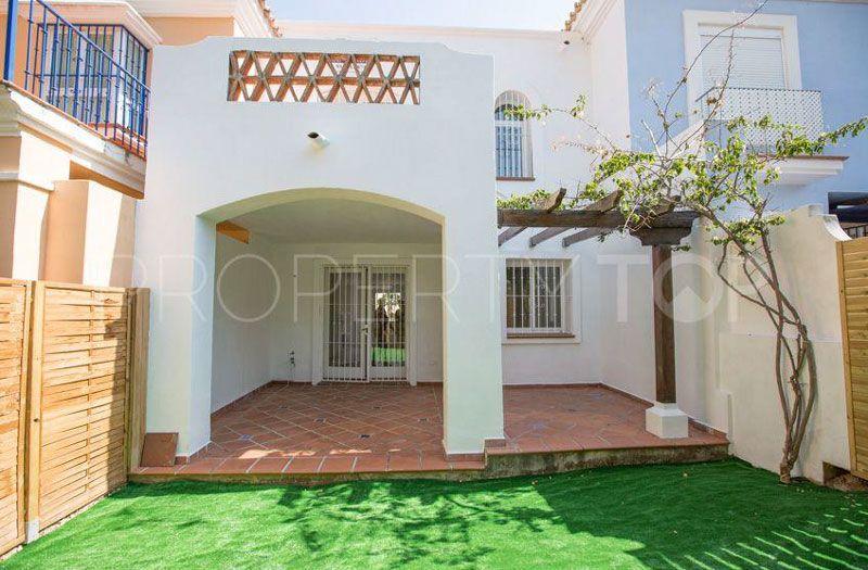 aloha-marbella-patio